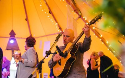 Woodland Wedding Singer and DJ – Kat and Phil's Enchanted Woodland Wedding!